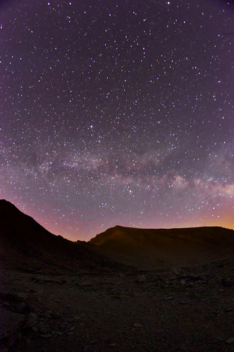 Milky way and the color of the night in Mulhacen