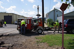 Loading Two At A Time - IMGP6443 (geepstir) Tags: car reading pennsylvania rail pa shamokin speeder sunbury narcoa