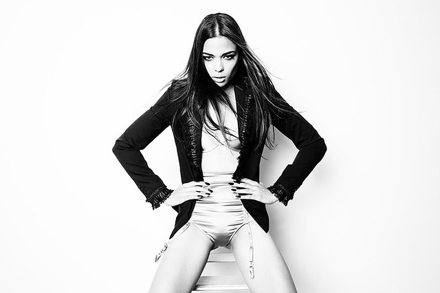 blackandwhite fashion model jacket vendetta saralando