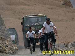 Cycling at Kibber (2) (Eric Lon) Tags: school india lake mountains bike yoga trekking trek buddha lac monk bouddha tibet trail lane teaching himalaya sentier velo monastere vtt ecole spiti association inde montagnes bouddhisme marcher moine enseignement kibber ericlon byking randonner yogatrekking tibetindien