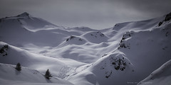Trace (Nicolas Joly Photographies) Tags: winter snow mountains alps fog montagne canon waves hiver neige clare