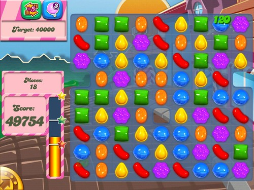 Candy Crush Saga Heads-Up Display: screenshots, UI