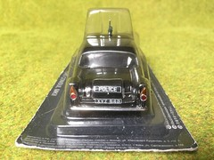 DeAgostini - Police Cars Of The World - Ford Consul Mark II - Northern Ireland - RUC - Royal Ulster Constabulary - Derry (firehouse.ie) Tags: ireland ford car toy model police policecar ni northern ulster 999 ruc consul peelers psni deagostini sixcounties policecarsoftheworld xyz543