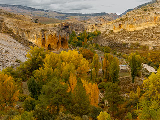 Paraje otoñal cerca de Santiago la Espada - Sierra de Segura