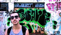 Freedom to inside the head (Antony, Jony) Tags: street boy portrait people man art underground graffiti glasses artwork pessoa pessoas retrato cara garoto flux rua rafael fx tatoo antony ferraz grafite rapaz jony jonatha