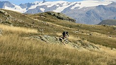 Alps on bike - enduro trails (poprostuflaga) Tags: france frankreich francja alpes alpen alpi alpe alps dhuez
