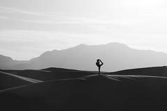 Lily Chen at White Sands (Mitch Tillison Photography) Tags: blackandwhite bw beautiful silhouette yoga landscape photography photo athletic amazing model alone natural gorgeous whitesands peaceful gymnast zen aloneness graceful stillness nationalmonument inthemoment quietude lilychen nikond810 tamron70200f28 mitchtillison hedaily
