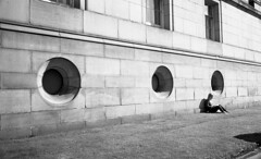 Three (4foot2) Tags: three liverpool streetphoto streetshot street streetphotography candidportrate candid reportagephotography reportage people peoplewatching interestingpeople girl reading sunshine outside analogue filmphotography film 35mm 35mmfilm 35mmf2 35mmf2summicron summicron leica leicam3 m3 monochrome mono bw blackandwhite kodak kodaktrix trix diafine 1200iso 1200asa 2016 fourfoottwo 4foot2 4foot2photostream 4foot2flickr