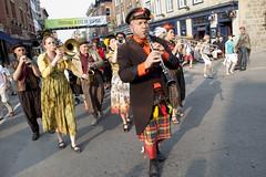 Arts de la rue (Festival d'été de Québec) Tags: festival quebec québec été juillet musique ete 2012 trompette festivaldétédequébec artsdelarue festivaldetedequebec festivaldétédequébec philipperuel été2012 juillet2012 feq2012