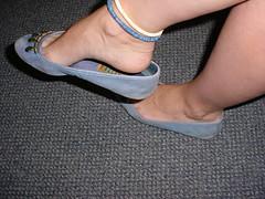 Archive web find. Soft flats shoes = Heelpop... (Balletflat's lover) Tags: ballet feet shoes bare flats slipper slippers piedi nudi ballerine heelpop anket heelpopping
