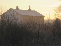 Barn at sunrise, Easter morning (lreed76) Tags: barn sunrise oh warren northriverrd