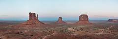Monument Valley / Tse'Bii'Ndzisgaii (tseeh-bee-ni-zees-kay) (tsaiproject) Tags: arizona utah sandstone butte navajo mittens nikon2470mm nikond800e