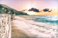 Miami al tramonto (Giuseppe Tripodi) Tags: sunset sea sky costa seascape beach water clouds coast heaven tramonto mare miami outdoor horizon wave playa calm bluehour acqua spiaggia lanscape paesaggio silky sabbia waterscape onda sunscape litorale longexposition allaperto bagnasciuga cloudsmovement cloudscapedramatic