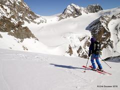 Day 5: Traversing the Haut Glacier de Tsa de Tsan before the final climb up to the Col de Valpelline visible in the upper-right corner. (Erik.G.) Tags: zermatt chamonix skitouring skitour hauteroute valsorey plateauducouloir