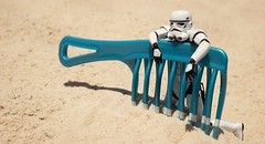 Comb'n The Desert (aaron.kudja) Tags: toy star sand stormtrooper wars revoltech