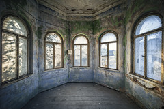 Windows of perception (dimitri_ca) Tags: abandoned sultry isolation quarantine isolate urbex dentention weatheredwindows oncewashome containmentchamber