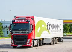 Volvo FH500 IV Globetrotter / Vukmino (SRB) (almostkenny) Tags: truck volvo serbia camion globetrotter lkw srb ciarwka fh500 vukmino fhiv bg846bc
