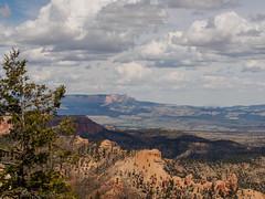 Bryce Canyon (Fizzik.LJ) Tags: brycecanyon utah sky usa ut mountains clouds