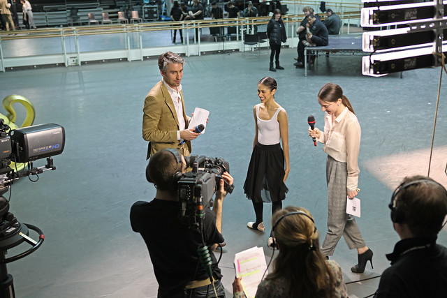 George Lamb and Kristen McNally interviewing Beatriz Stix-Brunell at Royal Ballet Live © ROH 2012