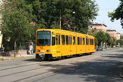 BKV 1579 [Budapest tram] (Howard_Pulling) Tags: pictures camera summer yellow canon photo hungary photos budapest picture tram august hannover hanover magyar trams ungarn 6000 strassenbahn hungarian bkv 2011 1579 duewag 400d canon400d duwag tw6000 linie69 hpulling howardpulling