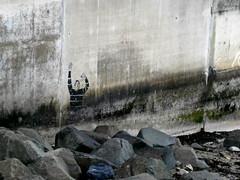 drowning (desilviam) Tags: streetart stencil edinburgh drowning scogli affogare annegare