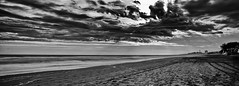end of the world (mancu2000) Tags: santa mountain praia beach monochrome beautiful del montagne de landscape monocromo la nikon rosa playa paisaje paisagem bonita monte hermoso fin doomsday paysage mundo beau pampa monocromtico apocalyptique apocalptico montanhosa marchessi