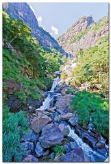 IMG_1370 - 1-60 s à f - 8,0 - EF-S10-22mm f-3.5-4.5 USM @ 10 mm_ (ZX-6R) Tags: ocean sun sol water canon island eos soleil landscapes waterfall place indian indianocean ella ile sri lanka srilanka isla environnement île serendib 50d ceylan océanindien apsc canoneos50d canon50d taprobane indianoceanisland srilankā christophefaugere wwwchristophefaugerecom httpwwwchristophefaugerecom śrilanka çrilanka śrīlaṅkā républiquedémocratiquesocialistedusrilanka srilankāprajathanthrikasamajavadijanarajaya canonapsc இலங்கைசனநாயகசோஷலிசக்குடியரசு srilankamatha îleocéanindien
