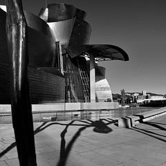 shadow spider -  Guggenheim Bilbao (Ipanem-2009) Tags: francia blackdiamond flickraward bestofmywinners