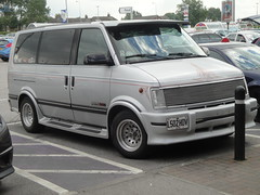 1994 Chevrolet Astro EXT (GoldScotland71) Tags: people chevrolet astro 1994 carrier 1990s mpv ext l502hdv