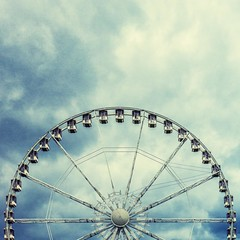 ~ all the fun of the fair ~ (Janey Kay) Tags: summer sky paris sommer himmel wolken ciel ferriswheel t nuages stormysky jardindestuilleries lagranderoue janeykay july2012 panasonicdmcgh2 leicadgsummilux25f14 juin2012 june2012juillet2012