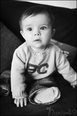 Thomas, 8 mois. (nanie49) Tags: portrait france childhood kid nikon child retrato nb bn enfant infancia nio kindheit bambino enfance  infanzia d7000