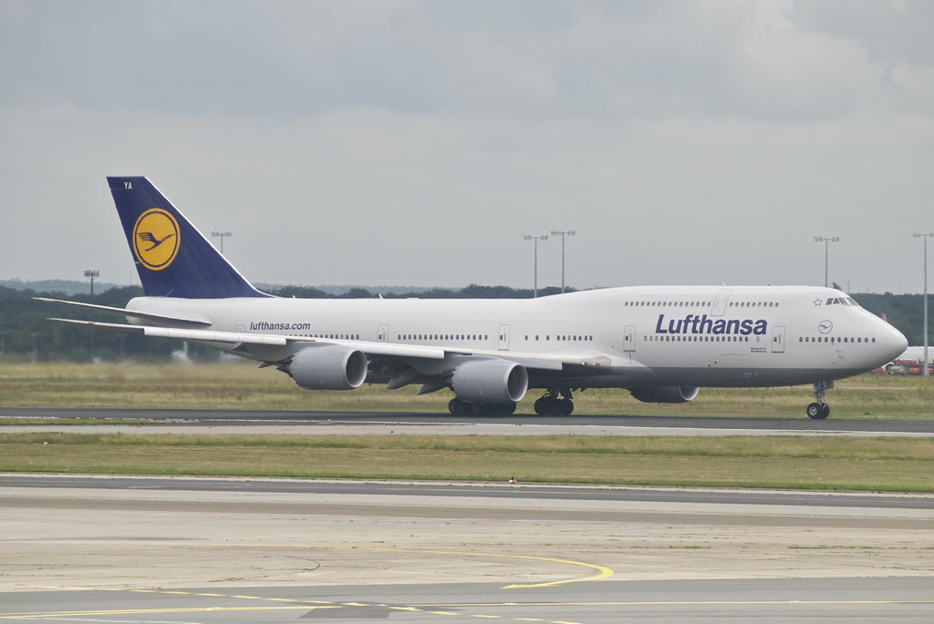 Lufthansa Boeing 747-800; D-ABYA@FRA;01. by Aero Icarus, on Flickr