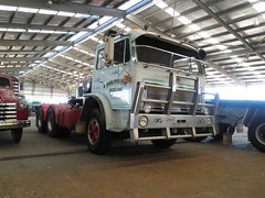 3074 (atkinson3800) Tags: red white truck prime australian international aussie mover 2012 acco ih inter dubbo 3070 3074 3070b accof 3074b