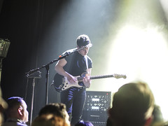 LONDON GRAMMAR at The El Rey Theatre in Los Angeles (DRUified) Tags: california usa losangeles livemusic liveperformance elreytheatre britishpop londongrammar rebeccadruphotography danrothman guitaristdanrothman britishpoptrio