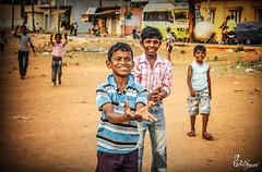 IMG_0037 (tasveer.wala) Tags: street people india playing nature kids photo photograph trave portarit