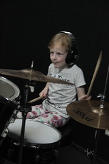 Abby-drumles-507 (leoval283) Tags: percussion abby nora lessons rockschool drummen fruitweg