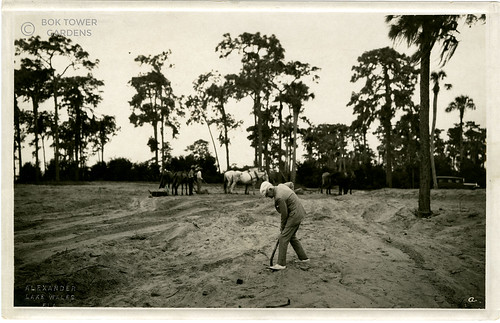 016_Mr. Bok turns over the first spadeful of sand for the construction of the Singing Tower (Jan 1927) [ABTP000158a]