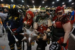 Phoenix Comicon 2016 Cosplay (V Threepio) Tags: costume outfit cosplay posing cosplayer poisonivy harleyquinn 2016 thejoker phoenixcomicon phxcc sonya6000
