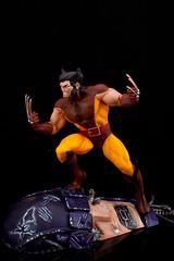 (Mike Domingo) Tags: brown model xmen kit marvel wolverine sentinel scalemodel polarlights