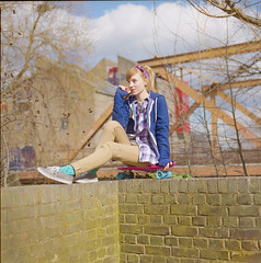 (333Bracket) Tags: london 120 6x6 film girl mediumformat vinyl vans cruiser fujixtra400 333bracket bronicasqbzenzanonps80mmf28