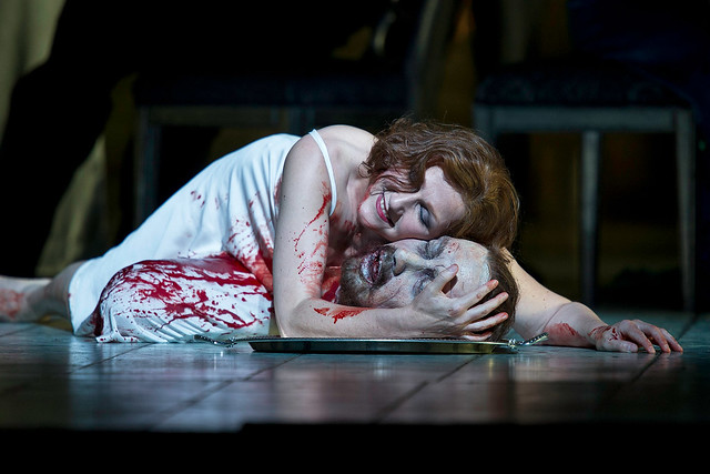 Angela Denoke as Salome © Clive Barda/ROH 2009