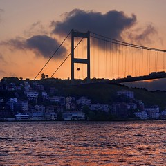 Bosphorus sunset (Pilar Azaa) Tags: light sunset sky color luz turkey atardecer istanbul cielo puestadesol ocaso turquia estambul abigfave puentedelbsforo estrechodelbsforo 100commentgroup pilarazaa rememberthatmomentlevel4 rememberthatmomentlevel1 rememberthatmomentlevel2 rememberthatmomentlevel3