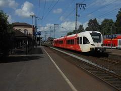 Arriva 305 ( 23.06.12 ) (arjan-mat64) Tags: station leer bahnhof db groningen bahn deutsche arriva