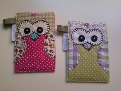 Porta cel corujinhas (Passamanaria) Tags: craft gifts owl coruja patchwork handcraft lembrancinhas bolsinhas bordadinhos passamanaria artesanat