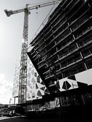 Under konstruksjon (Andreasfe) Tags: oslo norway construction cranes barcode canonef1740mmf4lusm bjrvika bispevika