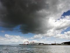 Rain cloud 1 (Hissyh2) Tags: sea sky people cloud japan pen olympus olympuspen kanagawa ep3 olympuspenep3