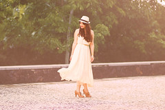 summer  (Natlia Viana) Tags: summer love girl fashion vintage dress sweet dresses lovely natliaviana quiquiriqui renanviana