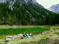 Picknick am Grnen See / Picknick at Green Lake (rudi_valtiner) Tags: people lake alps water forest austria see sterreich wasser menschen algae alpen wald steiermark autriche styria picknick algas algen hochschwab grnersee trags oberort wanderung20160507