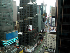 Manhattan, New York - USA (Mic V.) Tags: new york city nyc usa ny building apple architecture america square us big state manhattan united broadway times states avenue unis amérique etats amerique états