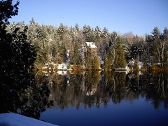 "snowy_gatineau_river • <a style=""font-size:0.8em;"" href=""http://www.flickr.com/photos/78554596@N08/7027773143/"" target=""_blank"">View on Flickr</a>"